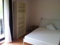 lit double 140 x 200 et étagère